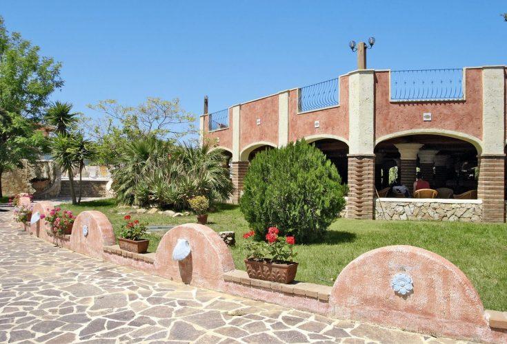 Hotel-Villaggio-Colostrai-11