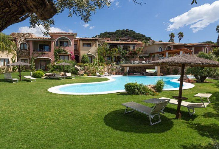 hotelmariposas_villasimius_garden